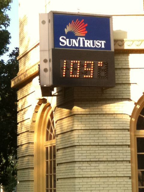 Dupont Circle at 6:55 pm on Friday.