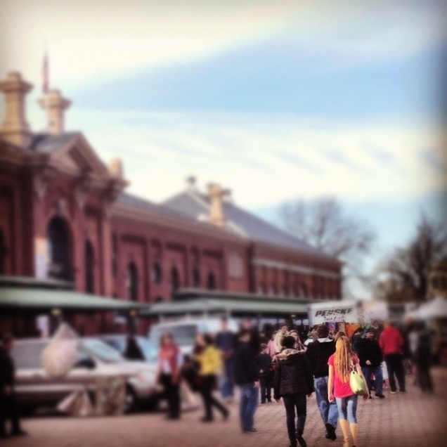 It was a warm and sunny Saturday - perfect for spending time at Eastern Market.