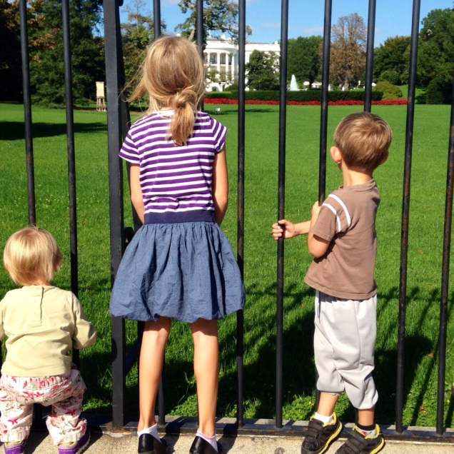 Joanne's kids, saying hello to the Obamas through the fence.